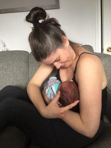 breast feeding positions bad